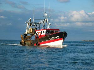 800px-Trawler_